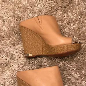 Sam Edelman Shoes - Sam Edelman Wedge Size 9